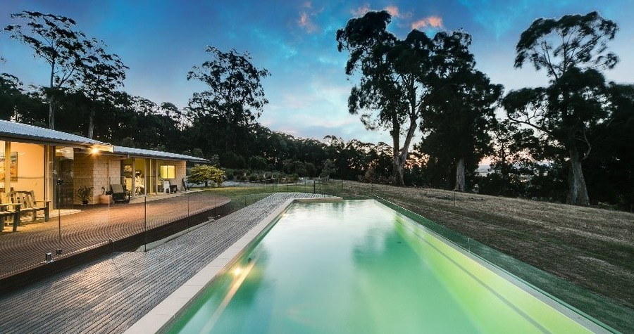 Compass Pools Australia 2017 SPASA Victoria Awards Lap Pool with Glass Wall Detail