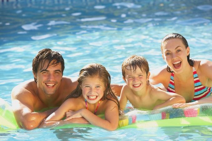 Compass Pools Australia - Find a Dealer in Maryborough - Compass Maryborough and Bob_Batten_Pools
