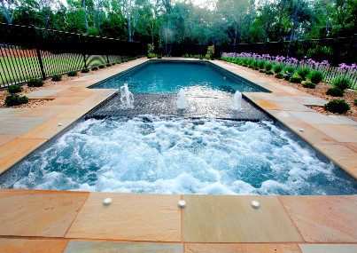 Swimming pools builder in South West Sydney