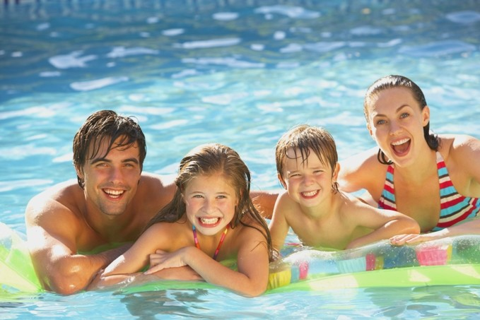 Building swimming pools in Brisbane and Central South Queensland