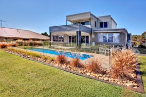 Compass Pools Australia Find a Pool Builder in South Sydney Local Pools and Spas Swimming Pools Installed 07