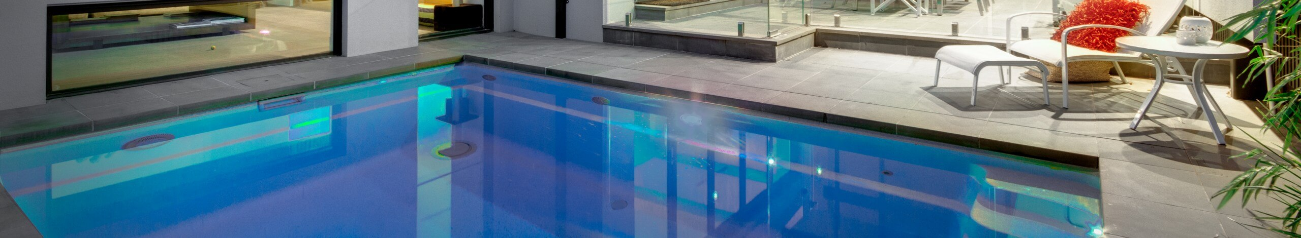 Plunge and Courtyard Fibreglass Pool Shape Header