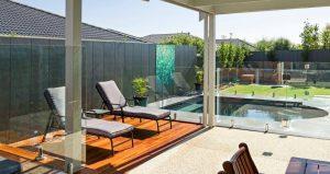 Compass Pools Australia Backyard pool by Gordon Ave Pools and Spas