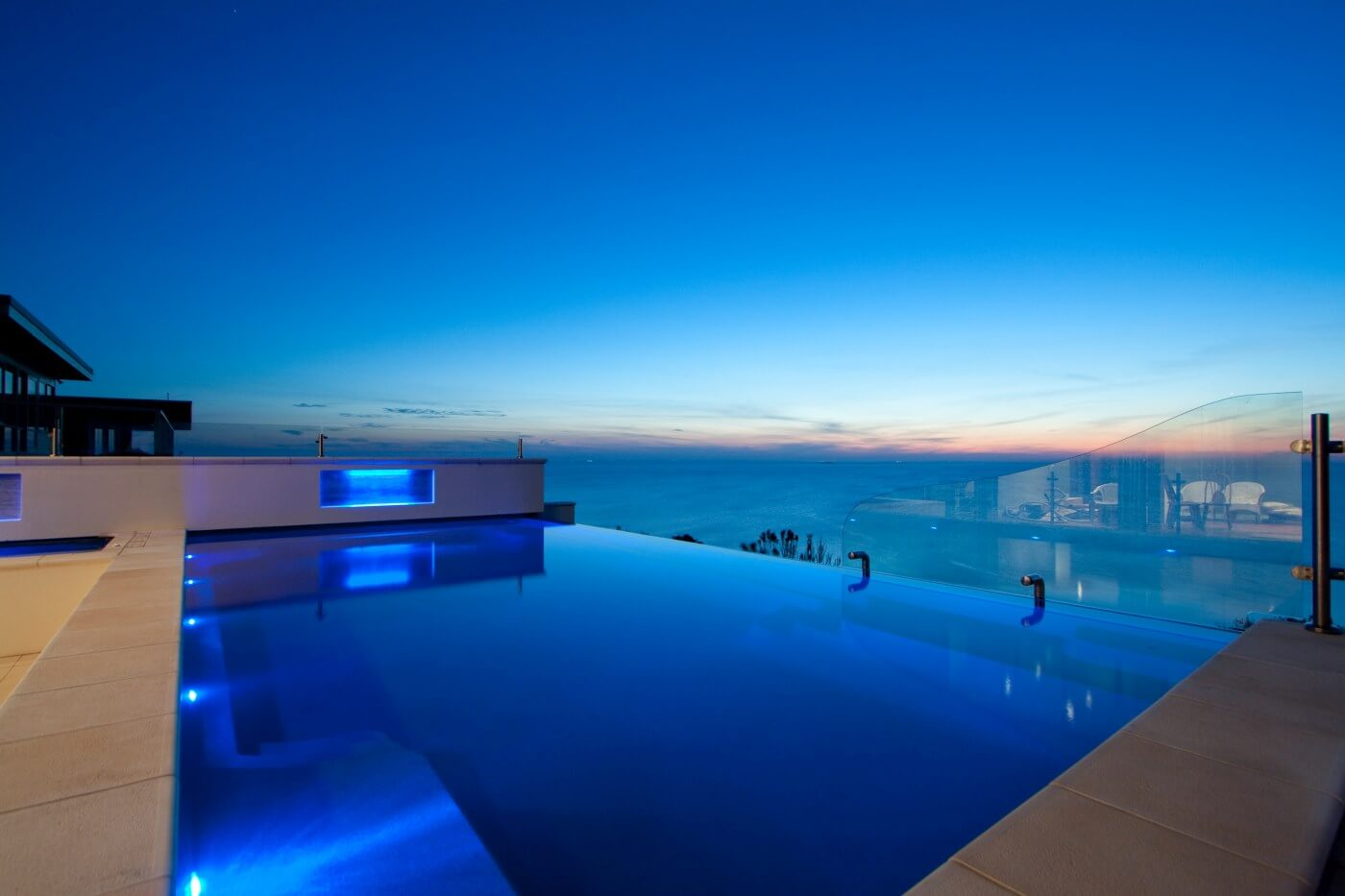 Infinity Pool Cost >> Infinity Pool Cost Why It S Worth It Compass Pools Australia