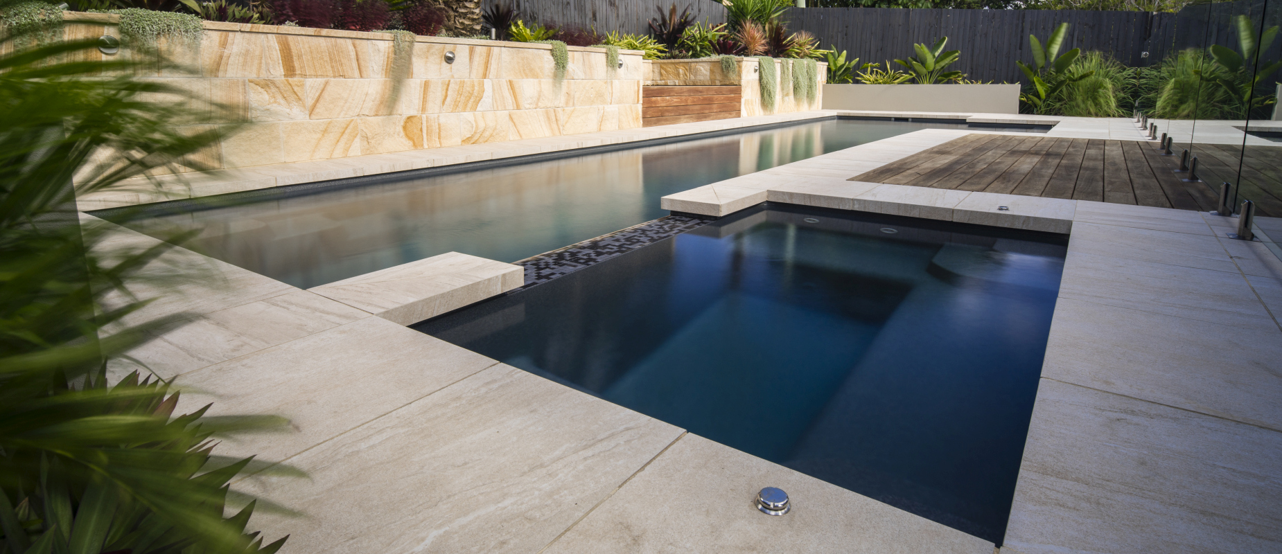 Luxurious Pool with Spa in Australia - Inground or Above Ground