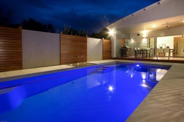 Inground fibreglass pool with the Sundpod water feature