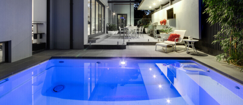 Self Cleaning Pool with Vantage