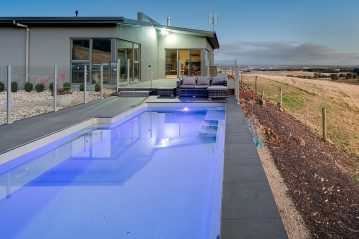 Compass Pools Australia Vogue swimming pool Quartz Colour Leongatha Installation