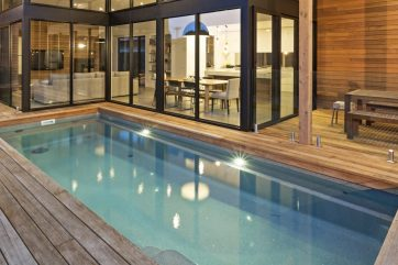 X-Trainer fibreglass pool with automated self cleaning