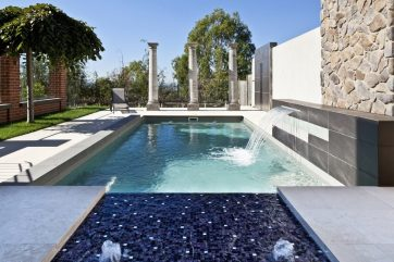 X-Trainer pool with Sunpod bubbler water and waterwall water features built in Highton Geelong Victoria