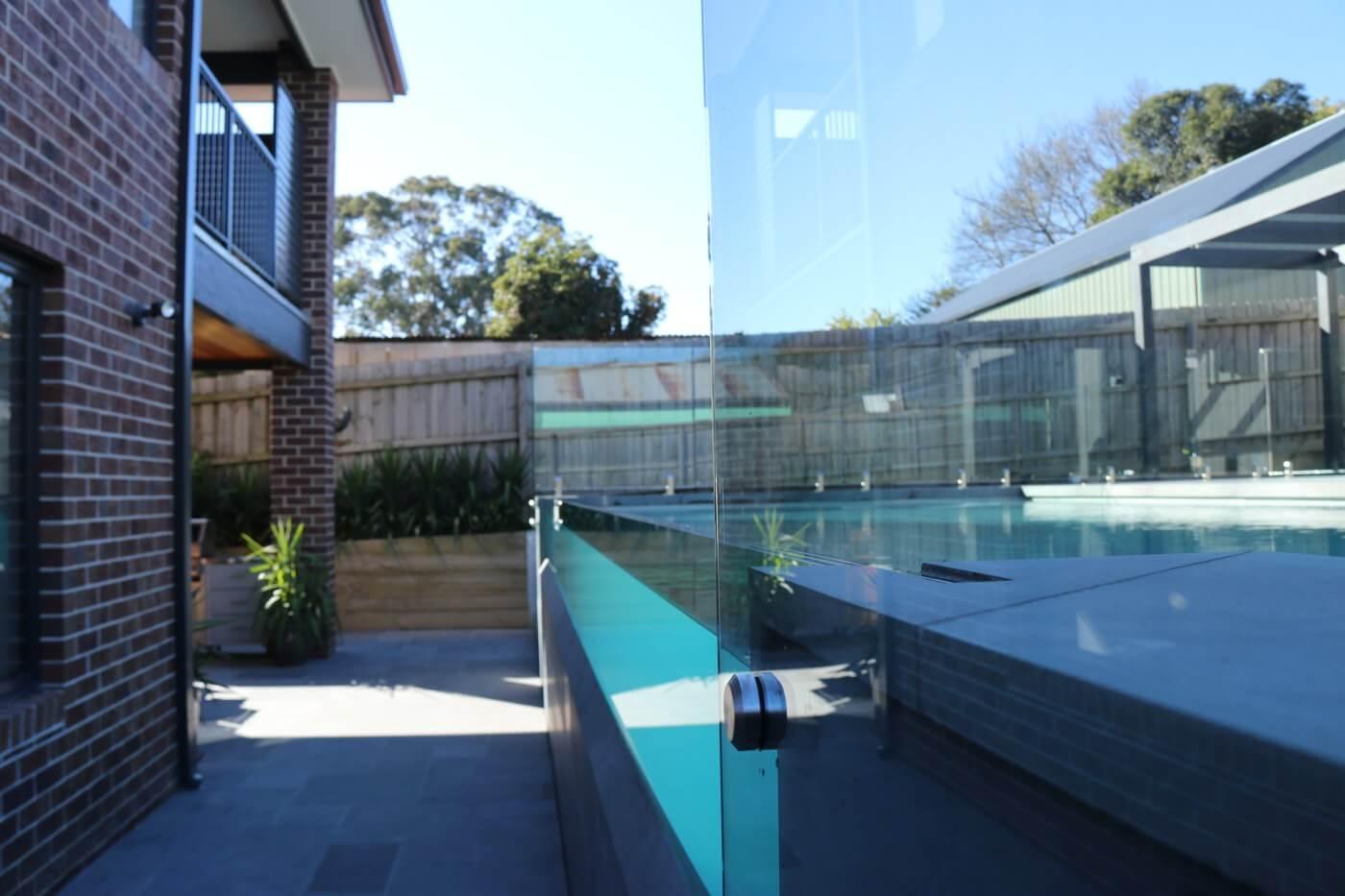 Compass Pools Melbourne Sanctuary 9.4m pool with Maxi Rib in Quartz colour 05